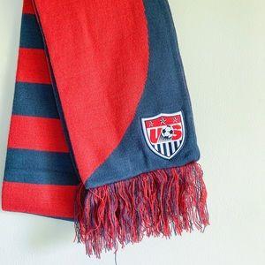 USA Soccer Team Striped Classic Sports Nike Scarf